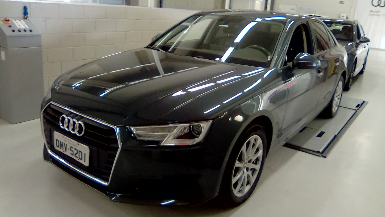 AUDI A4 A4 2.0 TFSI ATTRACTION S TRONIC